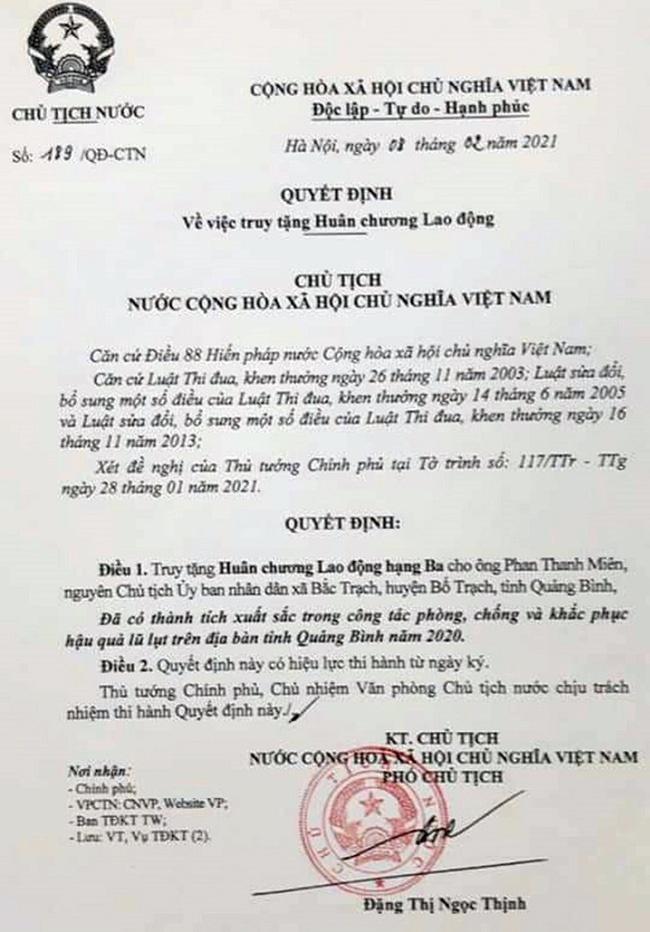 truy tang huan chuong lao dong hang ba cho nguyen chu tich ubnd xa bac trach