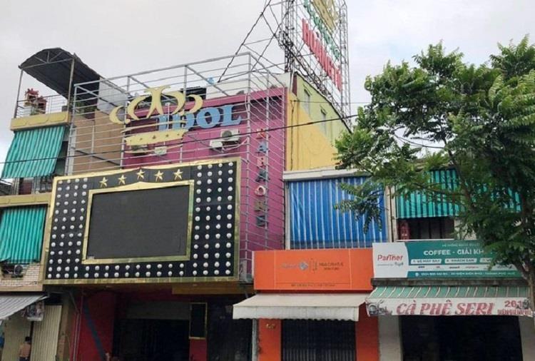 Tước giấy phép quán karaoke Hoàng Tử vì vi phạm Chỉ thị 16