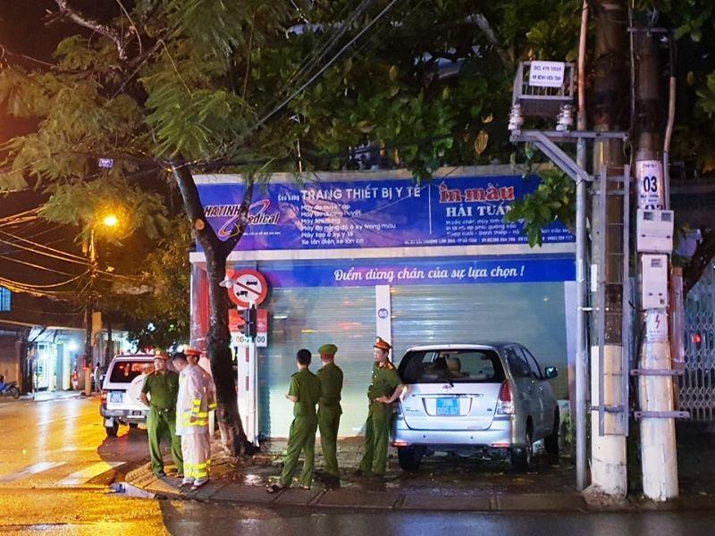 Giám đốc Công ty CP Đầu tư trang thiết bị y tế Hà Tĩnh bị khởi tố, bắt tạm giam