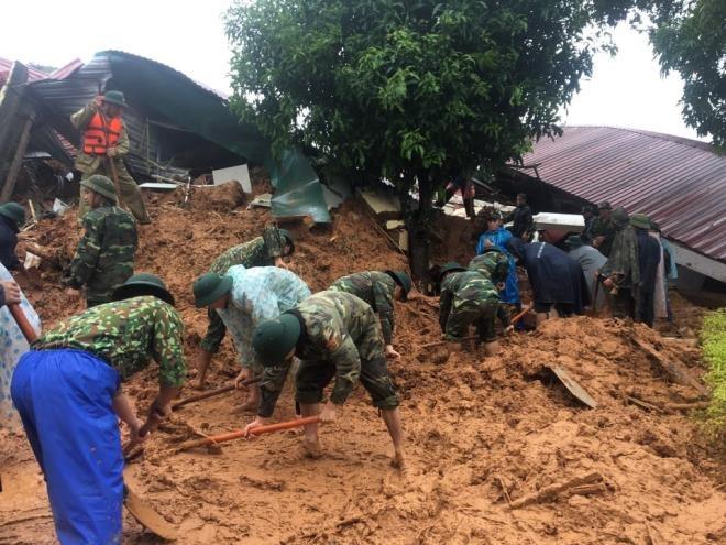Quảng Trị: Đã tìm thấy thi thể 3 chiến sĩ bị sạt lở đất vùi lấp