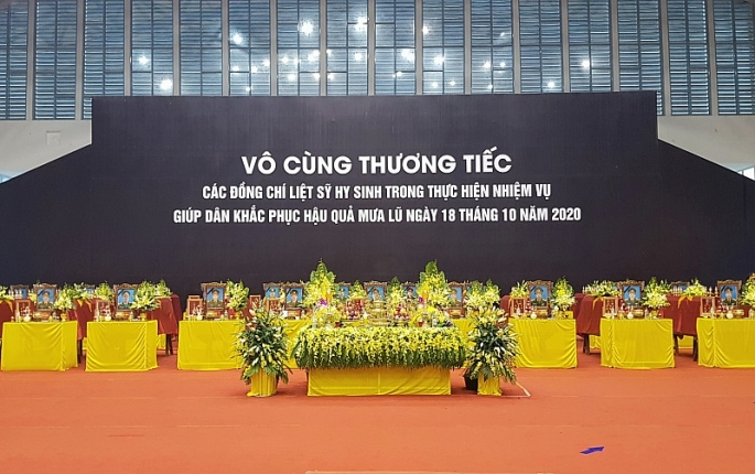 to chuc trong the le vieng truy dieu 22 can bo chien si doan 337 hy sinh