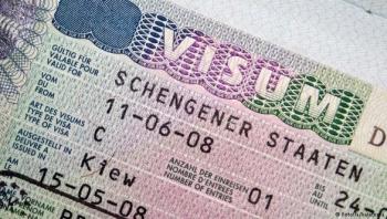 siet chat viec cap visa di chau au sau vu 39 thi the trong container