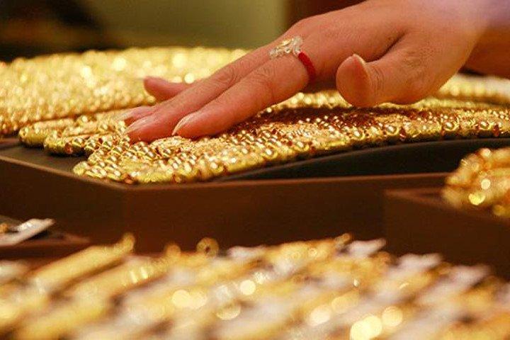 Giá vàng hôm nay 12/12: Vàng thế giới tăng, vàng trong nước giảm