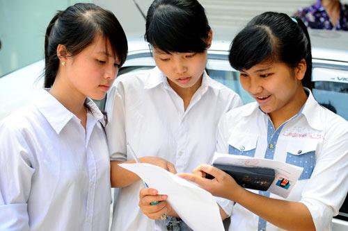 Điểm chuẩn vào các trường ĐH giảm, cơ hội cho nguyện vọng bổ sung