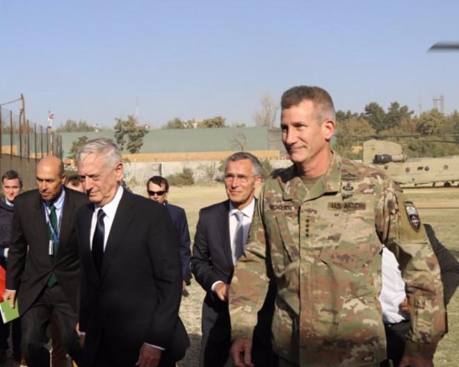 ngoai truong my la muc tieu tan cong o afghanistan