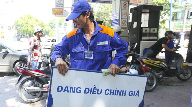 Giá xăng tăng 320 đồng/lít trong kỳ điều chỉnh chiều 21/9