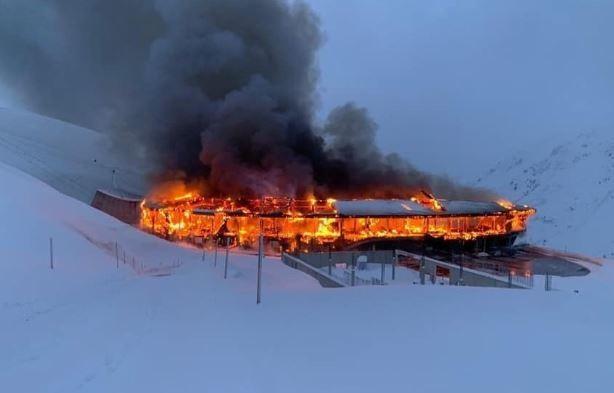 Cháy bảo tàng ở Áo, hơn 230 chiếc xe máy cổ bị thiêu rụi