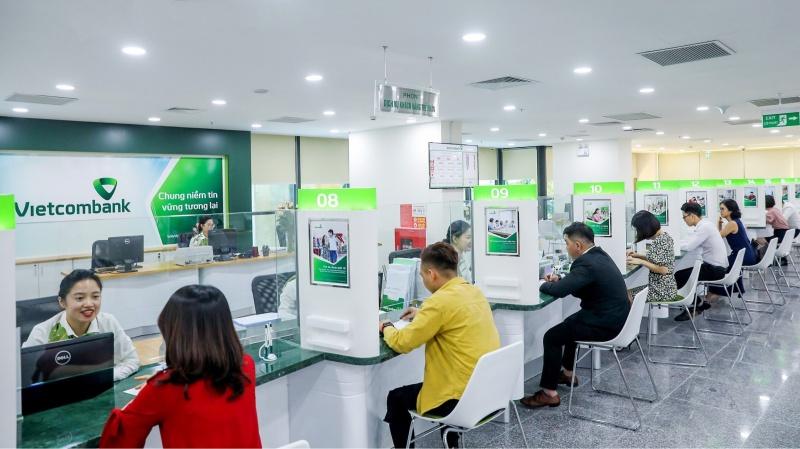 VCB tiếp tục giảm lãi vay cho khách hàng bị ảnh hưởng bởi dịch Covid-19