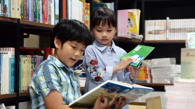 Khan hiếm văn học cho thiếu nhi- nhà thơ Nguyễn Quang Thiều cảnh báo