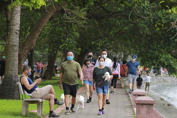 Người dân Hà Nội đã được hoạt động thể dục, thể thao đông người ngoài trời chưa?
