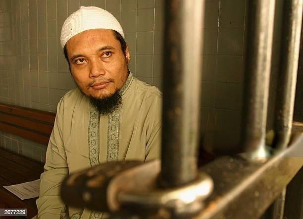 indonesia truy quet nhom khung bo tung danh bom bali co lien he voi al qaeda bat thu linh