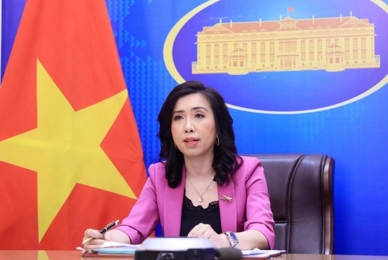 Việt Nam lên án việc Trung Quốc đưa máy bay vận tải tới Trường Sa