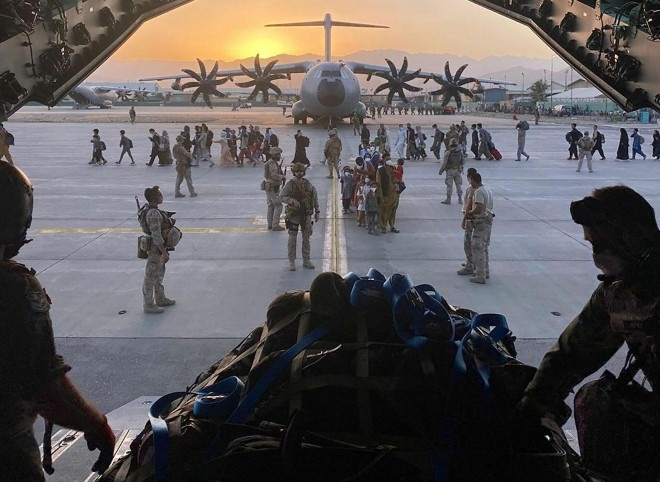 Không quân Mỹ: Chuyện động trời ở sân bay Kabul được tiết lộ