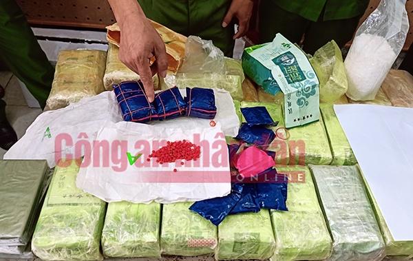Chủ tịch TP. Hà Nội gửi thư khen Công an quận Bắc Từ Liêm phá chuyên án ma túy lớn