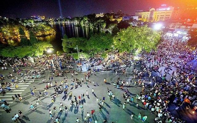 Hà Nội ra công điện khẩn: Yêu cầu dừng các hoạt động, sự kiện tập trung đông người