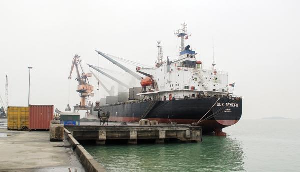 Nâng cấp luồng hàng hải vào các bến cảng khu vực Nam Nghi Sơn để đón tàu tải trọng