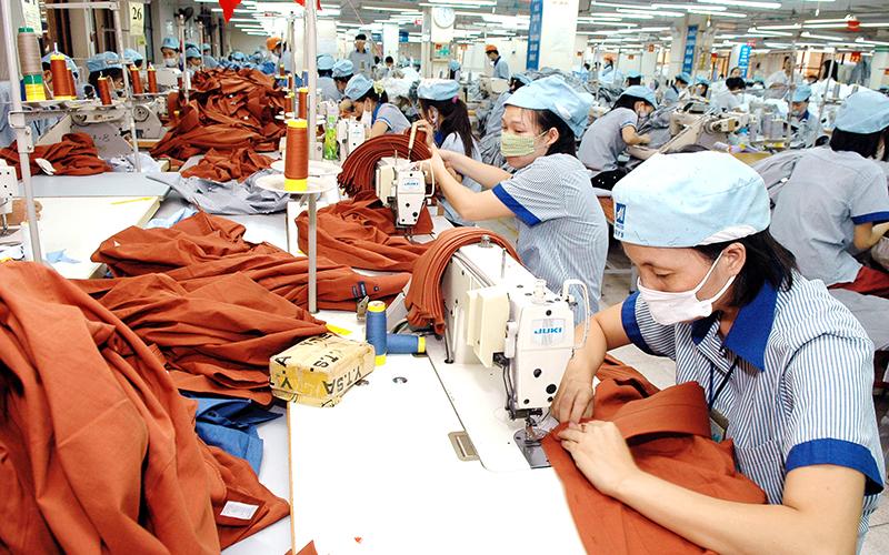 Ngành dệt may, da giày đối diện khó khăn huy động lao động và giữ chân khách hàng sau đại dịch COVID-19