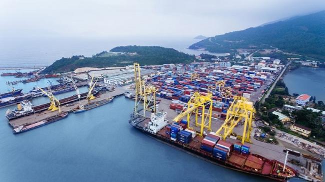 Bất chấp dịch bệnh COVID -19, sản lượng hàng hóa thông qua cảng biển Việt Nam vẫn tăng trưởng hai con số