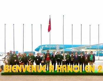Vị khách Pháp trở thành hành khách quốc tế đầu tiên xông đất Hà Nội