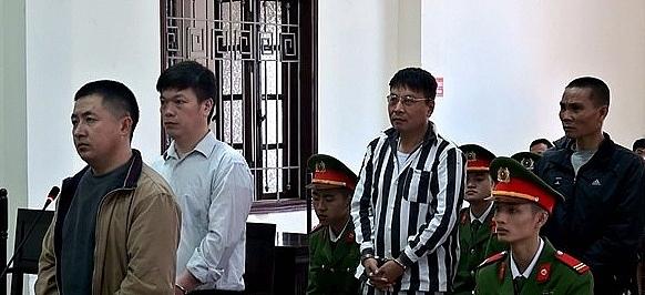 tu hinh doi tuong tham gia duong day mua ban van chuyen trai phep 108 banh heroin