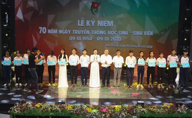 Kỷ niệm 70 năm ngày truyền thống học sinh, sinh viên (9/1/1950 – 9/1/2020)