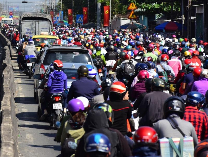 Chiều tối 28/1, xảy ra ùn tắc nhiều nơi trên Quốc lộ 1 đoạn qua tỉnh Tiền Giang