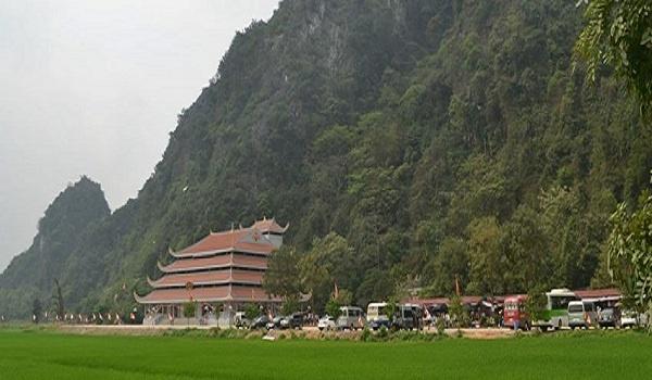 hang nghin khach thap phuong tham du le khai hoi chua tien nam 2020