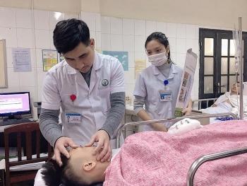 lien tiep cac truong hop chan thuong nang do phao tu che phat no