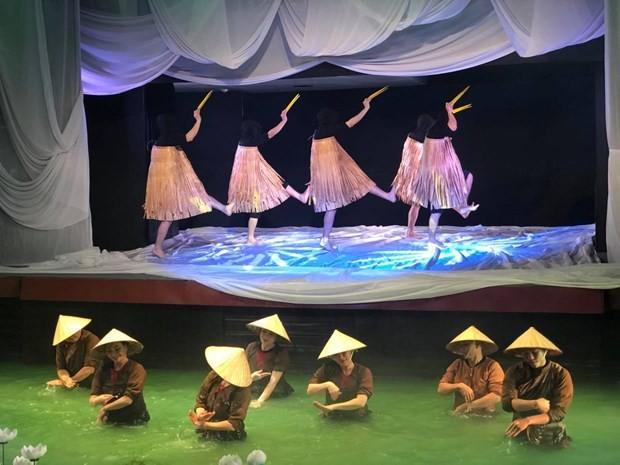"""Trải nghiệm văn hoá Việt Nam cùng vở rối thử nghiệm """"Trăng"""""""
