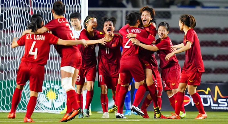 Chia vui với các cô gái 'vàng' của bóng đá nữ Việt Nam