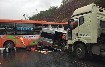 Tai nạn giao thông liên hoàn gây ách tắc trên tuyến tránh Quốc lộ 1A đoạn qua Thừa Thiên - Huế