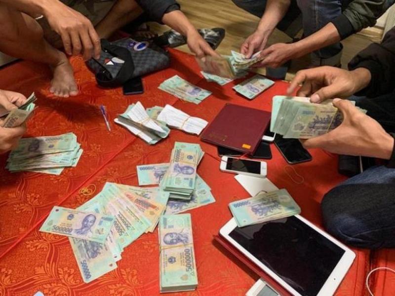 Vĩnh Phúc: Bắt 38 đối tượng đánh bạc, thu giữ gần 139 triệu đồng
