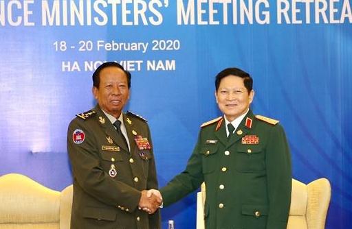 Năm Chủ tịch ASEAN 2020: Hợp tác quốc phòng là trụ cột trong mối quan hệ Việt Nam - Campuchia