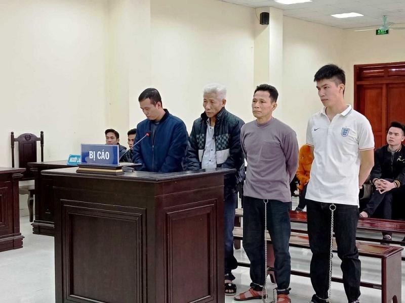Thanh Hóa: Xét xử nhóm đối tượng chống người thi hành công vụ tại bãi biển Hải Tiến