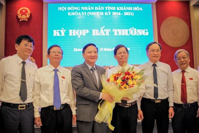 Ông Nguyễn Tấn Tuân được bầu làm Chủ tịch Ủy ban nhân dân tỉnh Khánh Hòa