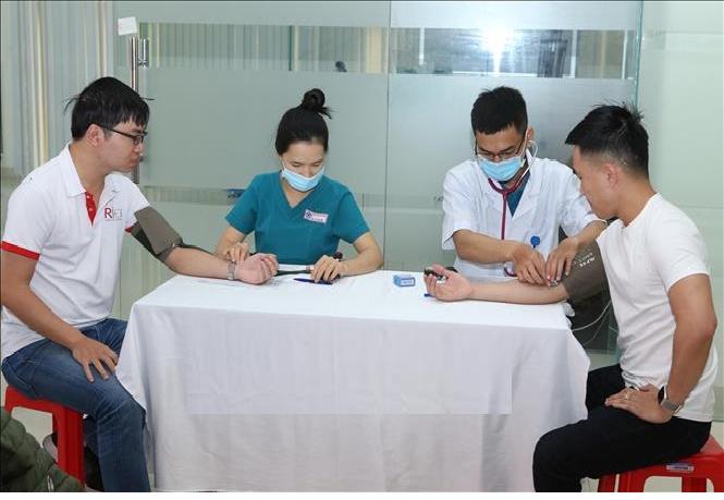 Dịch COVID-19 diễn biến phức tạp, đảm bảo an toàn cho người hiến máu