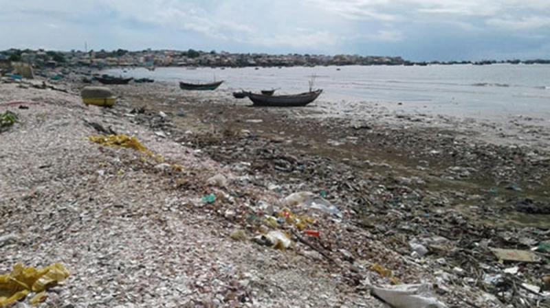 Bình Thuận tăng cường xử lý rác thải khu vực ven biển