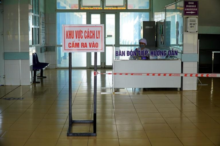 Quảng Trị: 2 trường hợp đi từ vùng dịch Hàn Quốc đều âm tính với Covid-19