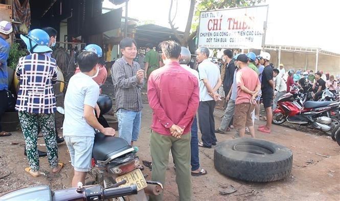 Nổ lốp xe ôtô khi vừa bơm xong, chủ garage ô tô tử vong