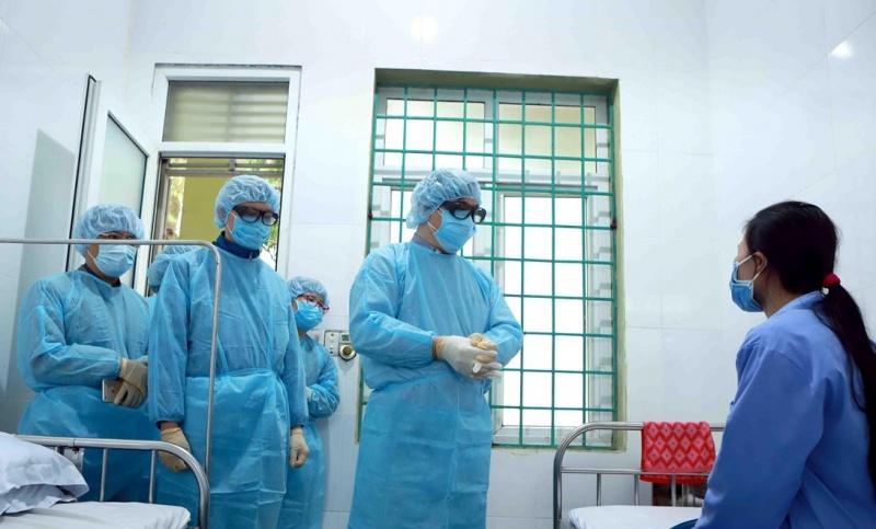 Hà Nội: Những 'người lính' đầu tiên tiếp cận các ca dương tính SARS-CoV-2