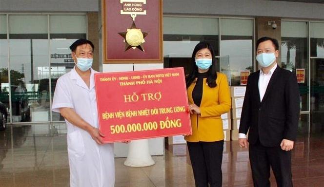 Sát cánh cùng Bệnh viện Bạch Mai vượt qua khó khăn, chiến thắng dịch COVID-19