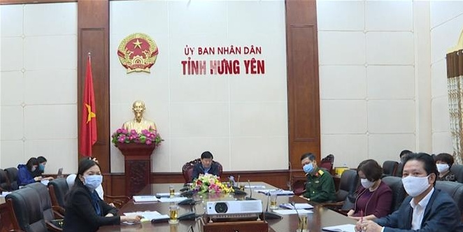 Thứ trưởng Bộ Y tế Đỗ Xuân Tuyên làm việc về công tác phòng chống dịch COVID – 19 tại Hưng Yên