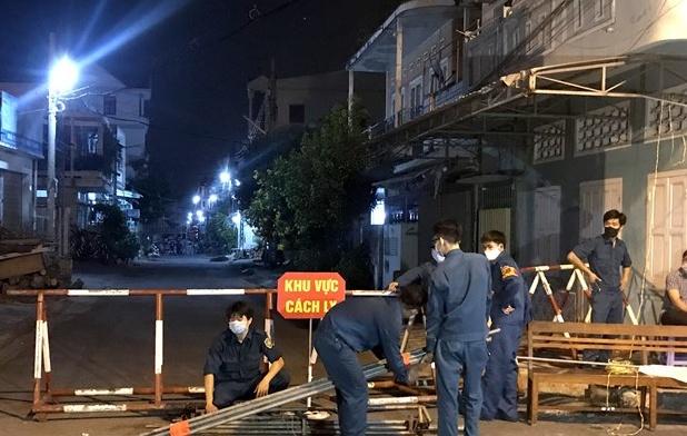 Hai tuyến đường ở thành phố Phan Thiết (Bình Thuận) được dỡ bỏ cách ly