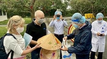 Hai ca nhiễm virus SARS-CoV-2 tại Thừa Thiên - Huế được công bố khỏi bệnh