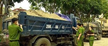 Sơn La tăng cường quản lý tài nguyên cát trên sông Đà