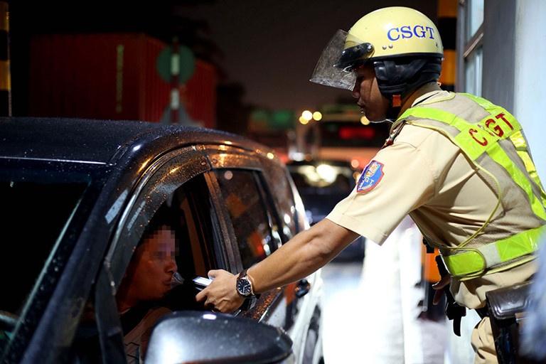 Xử phạt ba lái xe 110 triệu đồng do vi phạm về nồng độ cồn