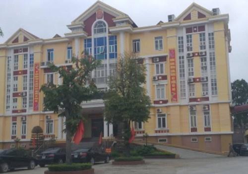 Bắt quả tang Phó Chủ tịch UBND huyện Hậu Lộc đánh bạc trong phòng làm việc