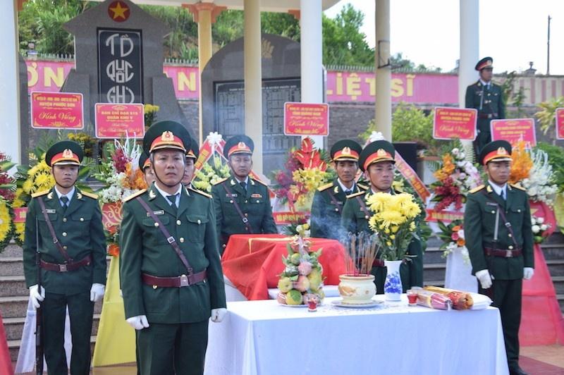 Tổ chức truy điệu và an táng hài cốt 17 liệt sỹ được tìm thấy tại huyện Phước Sơn, Quảng Nam