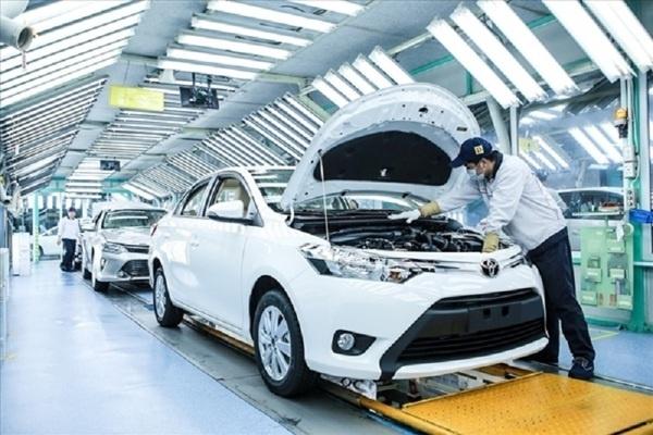 Từ ngày 28/6, giảm 50% lệ phí trước bạ ô tô sản xuất trong nước