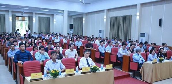 Hơn 700 công chức thi nâng ngạch lên chuyên viên cao cấp